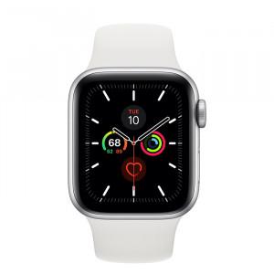 Apple Watch Series 5 • GPS • 40mm pouzdro ze stříbrného hliníku • Bílý sportovní řemínek – S/M a M/L